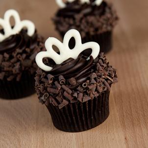 Blackout Gourmet Cupcake