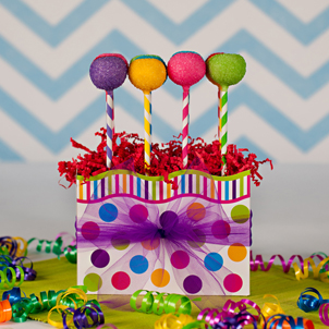 """Over the Rainbow"" Party Pop Box"