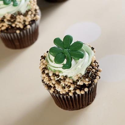 Mint Chocolate Colossal Cupcake