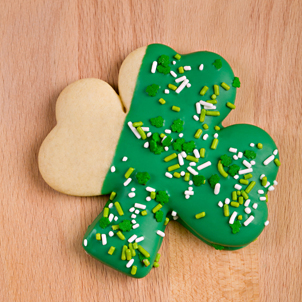 Green Dipped Shamrock Cookie- 1/2 Doz