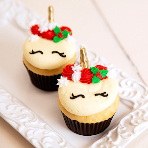 Christmas Unicorn Decorated Cupcakes