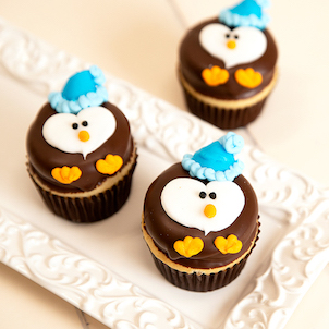 Winter Penguin Decorated Cupcakes