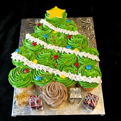 Christmas Sweets - Christmas Tree Cupcake Cake