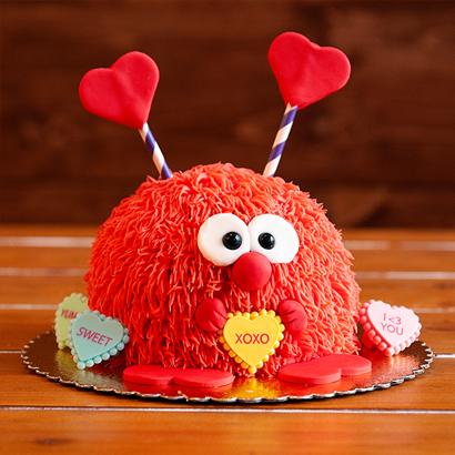 Decorating Class- Fuzzy Love Bug Cake