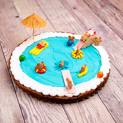 Decorating Class- Swimming Pool Cookie Cake