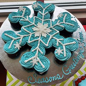 Snowflake Cupcake Cake