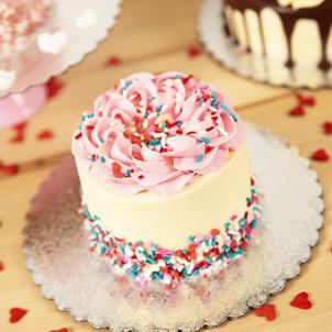 """4"""" Mini Valentine Cake"""
