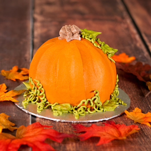 3D Pumpkin Shaped Cake