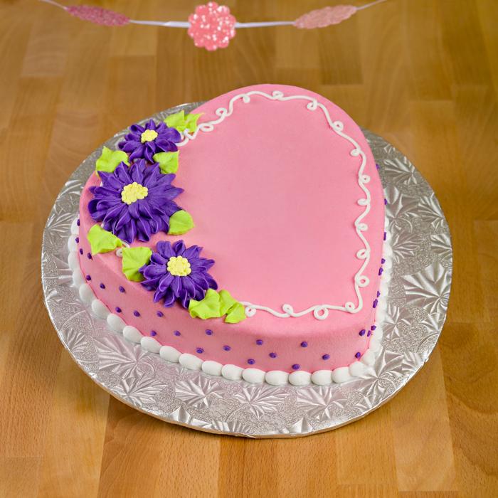 Daisy Love Heart Cake
